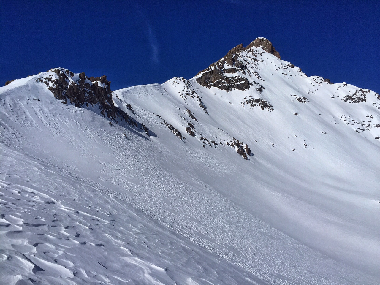 A nice look at the east face while ascending to the ridge.