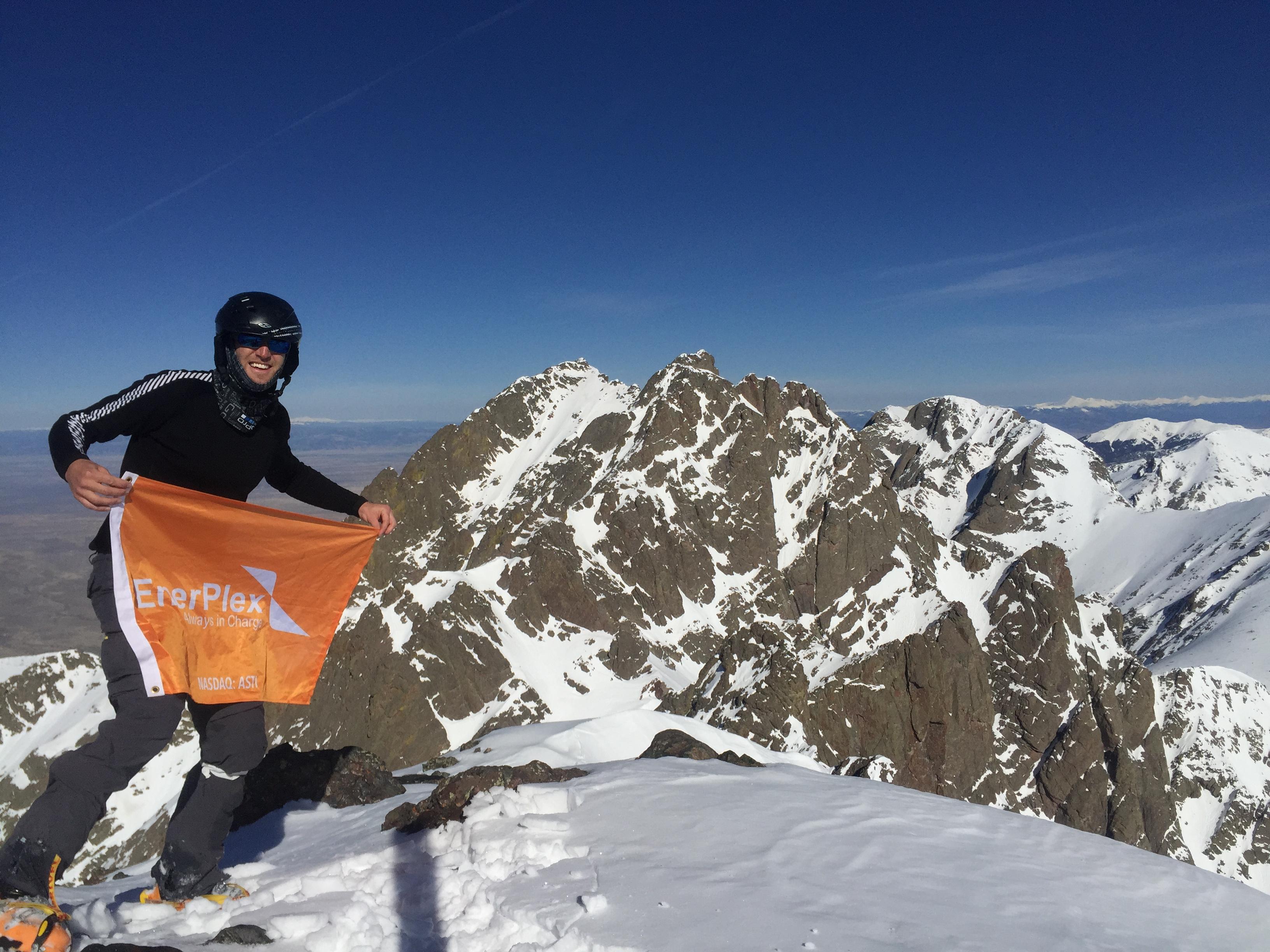 Summit 14,197'.